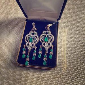 Beautiful 925 silver and emerald earrings